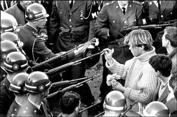 Bernie Boston photo George Harris Pentagon 1967